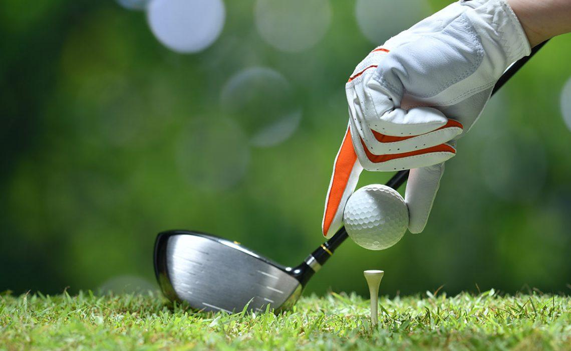 Top 10 Essential Golfing Accessories