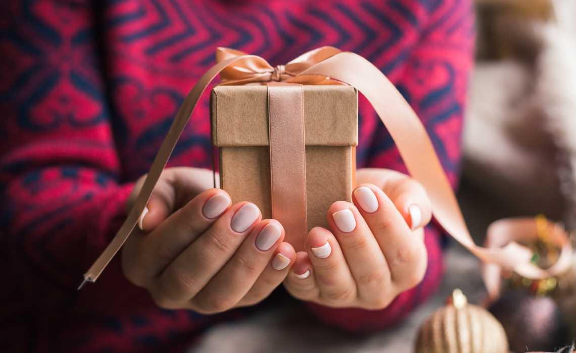 Top Thrilling Rakhi Gifts to Amaze Your Dear Brother on Raksha Bandhan